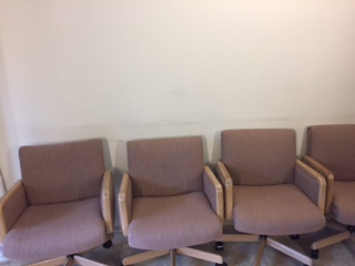 Image 4 Chairs